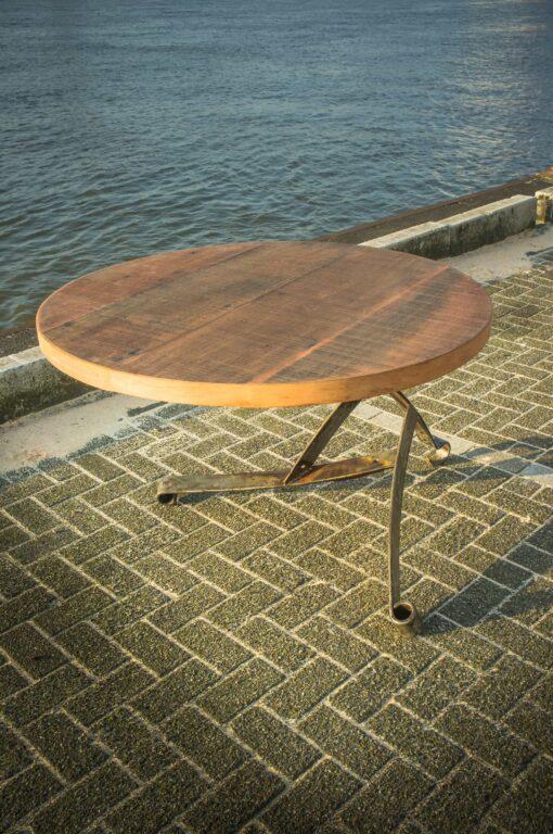 Ronde veren tafel Uit Nederland
