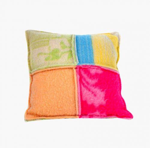 the Grandma's Pillow Wonen