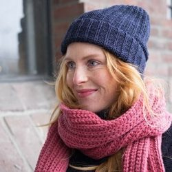 Loop.a life gebreide muts van duurzame wol Aankleden